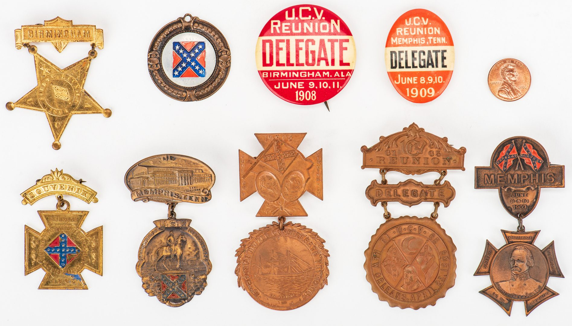 Lot 541: 9 UCV Badges and Buttons