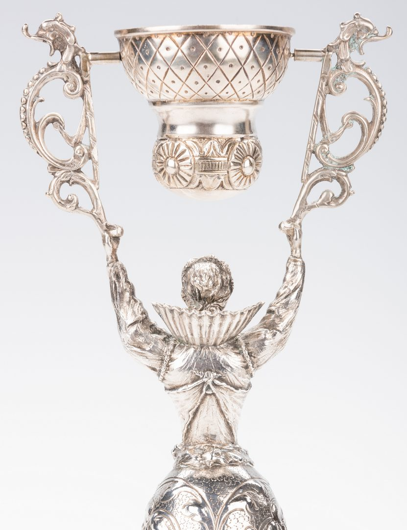 Lot 58: Continental Silver Wager or Marriage Cup