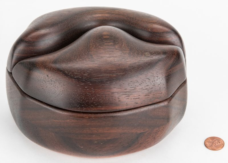 Lot 602: Bobby Falwell Modernist Carved Box