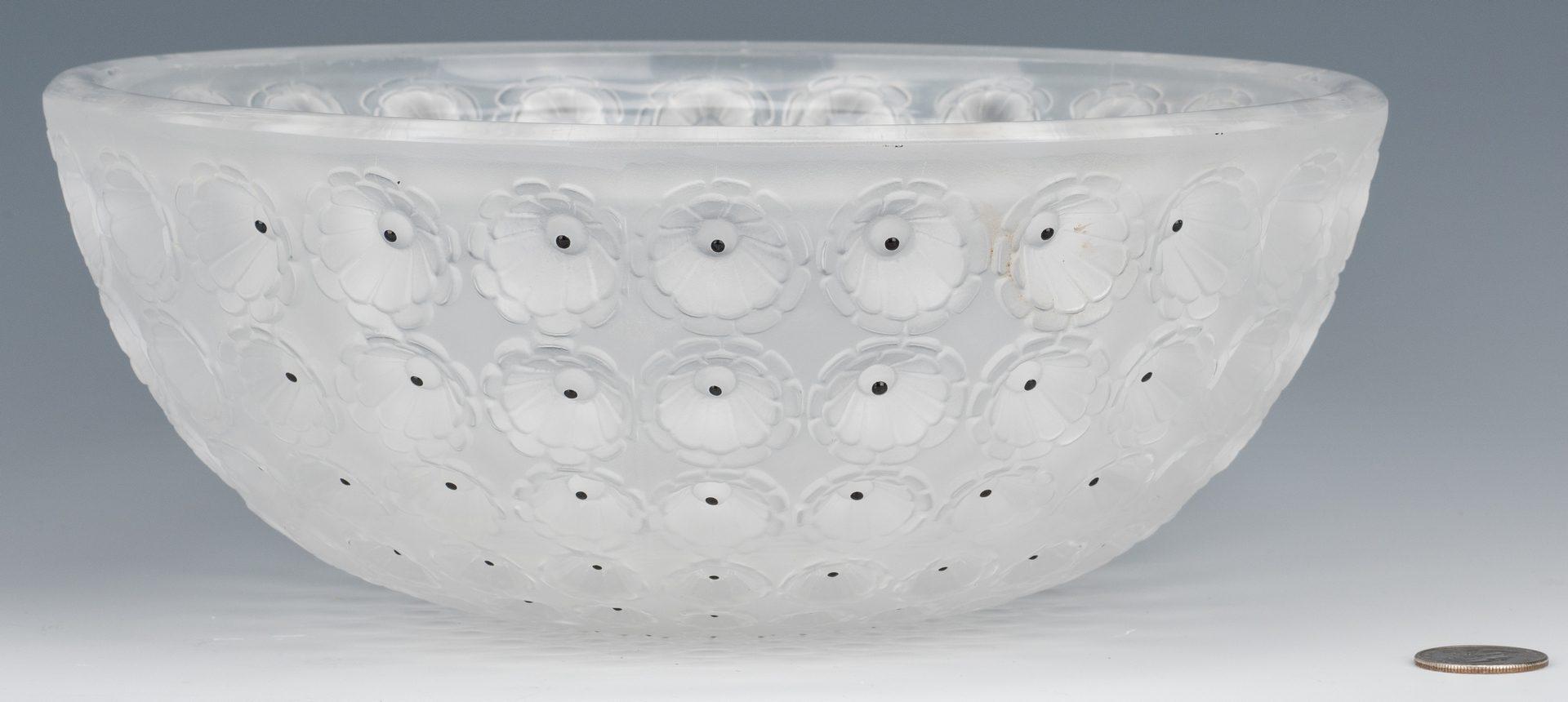 Lot 609: Lalique Nemours bowl