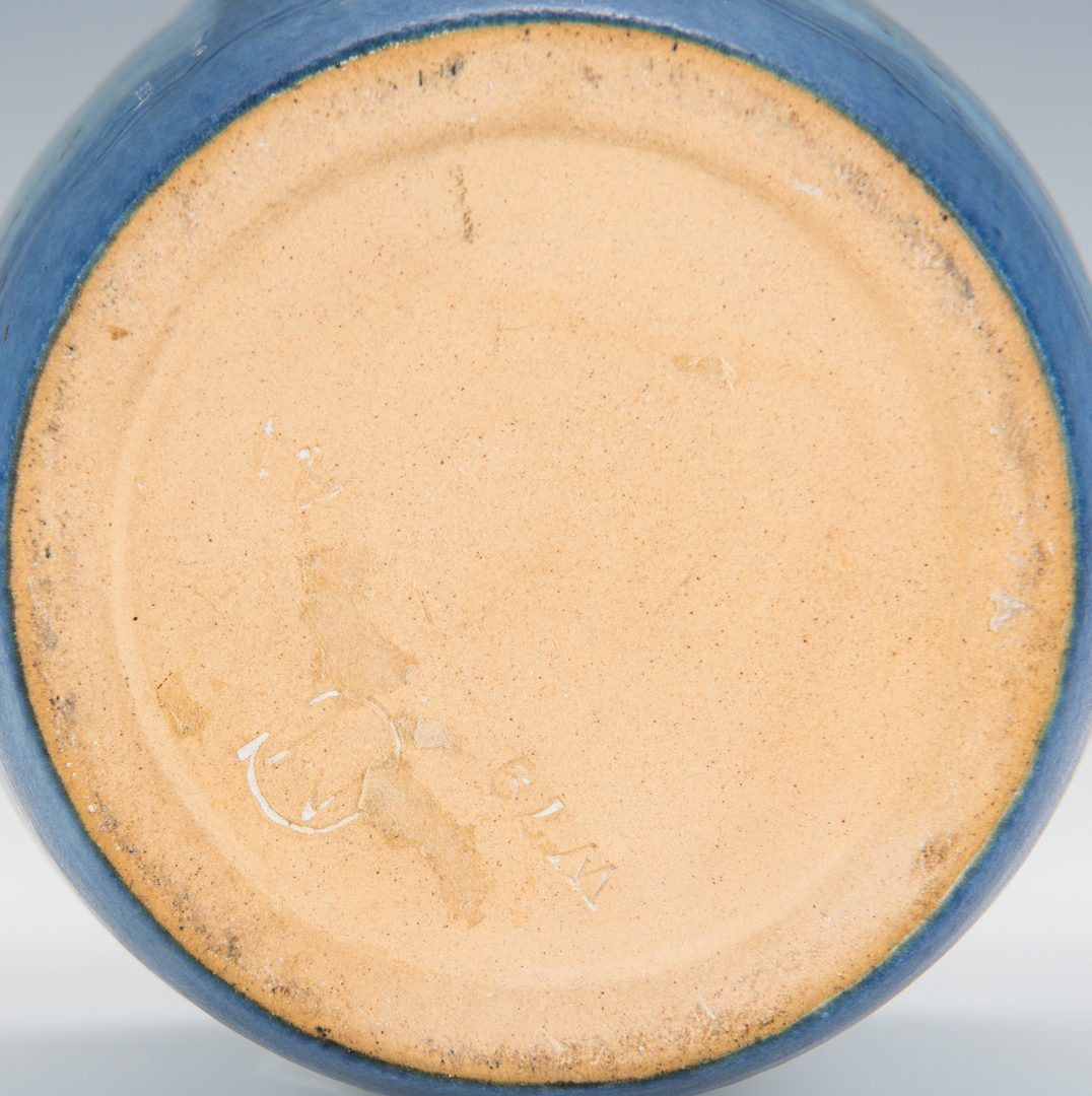 Lot 614: Newcomb College Pottery Vase, 1902