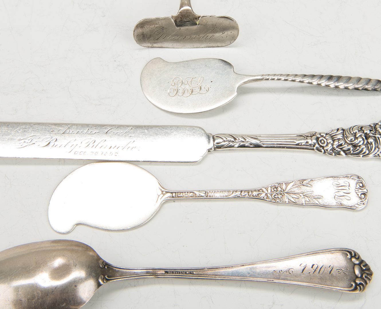Lot 630: 71 pcs Sterling Flatware inc. Whiting Boxed Cocktail Forks