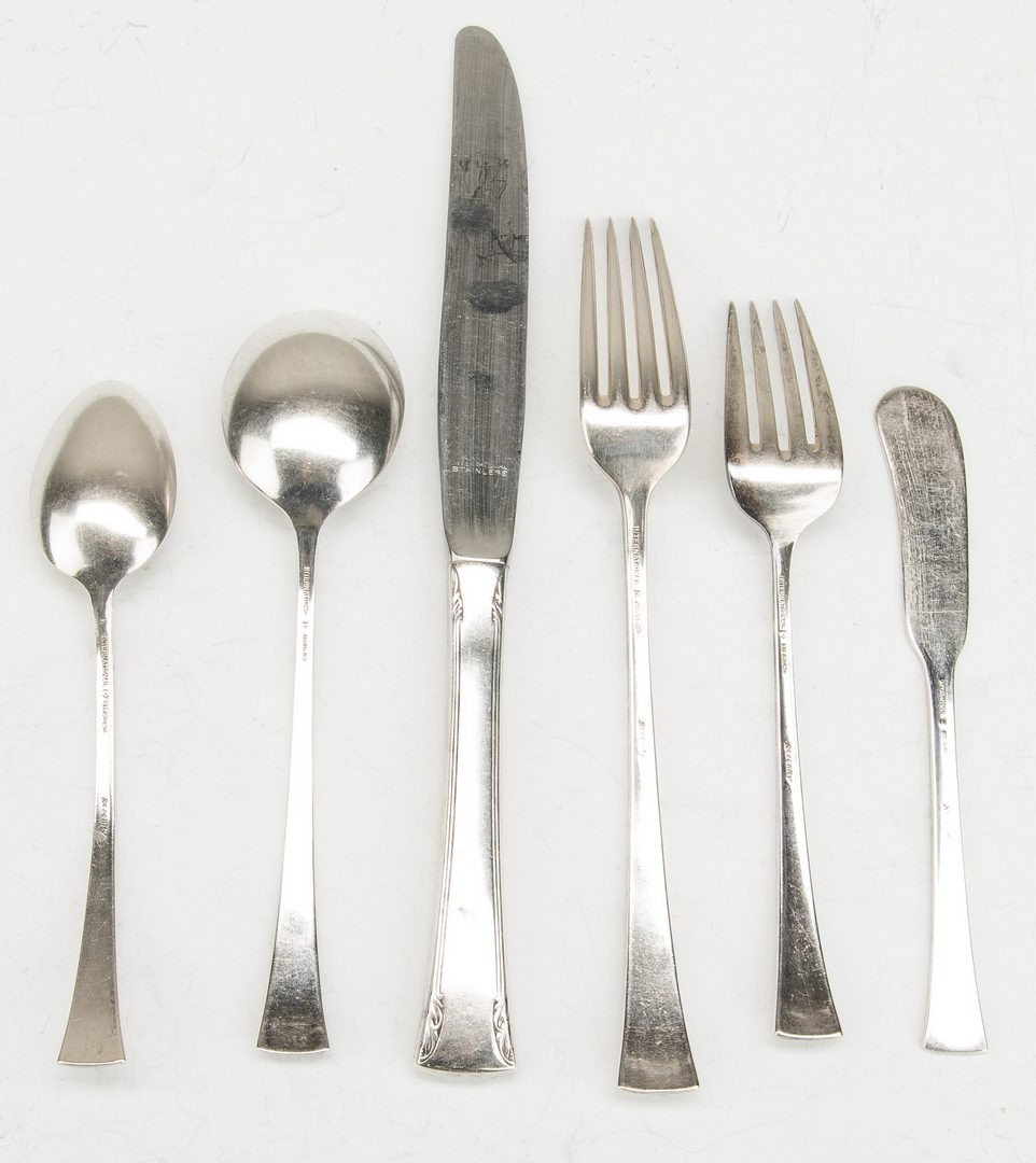 Lot 632: 41 pcs International  Sterling Flatware