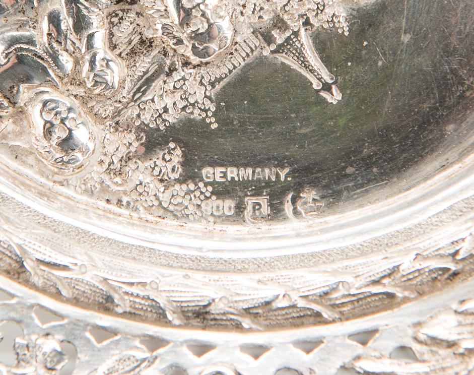 Lot 66: 3 pcs Continental Silver