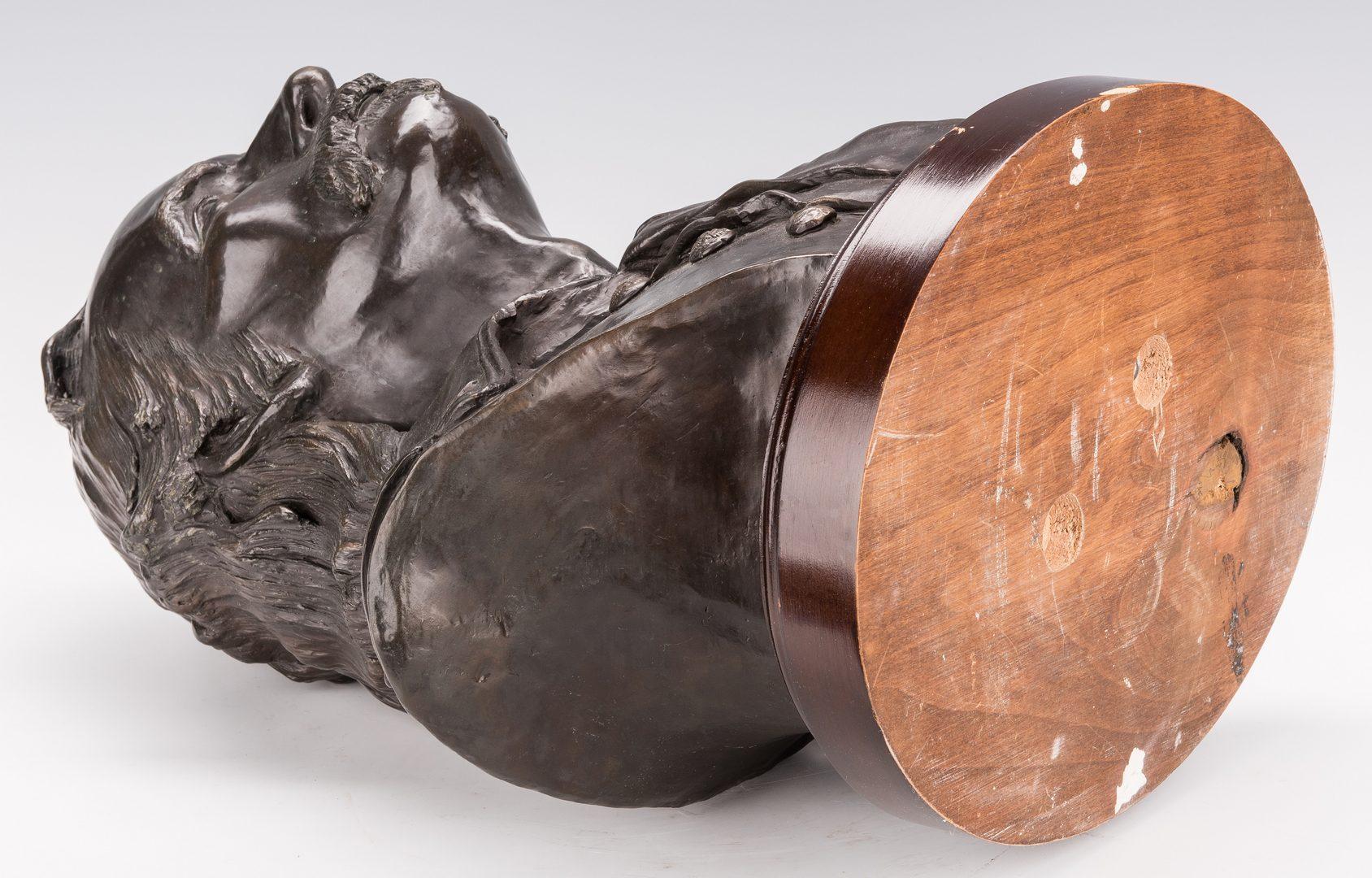 Lot 679: James Gruzalski Bronze Bust, General Custer