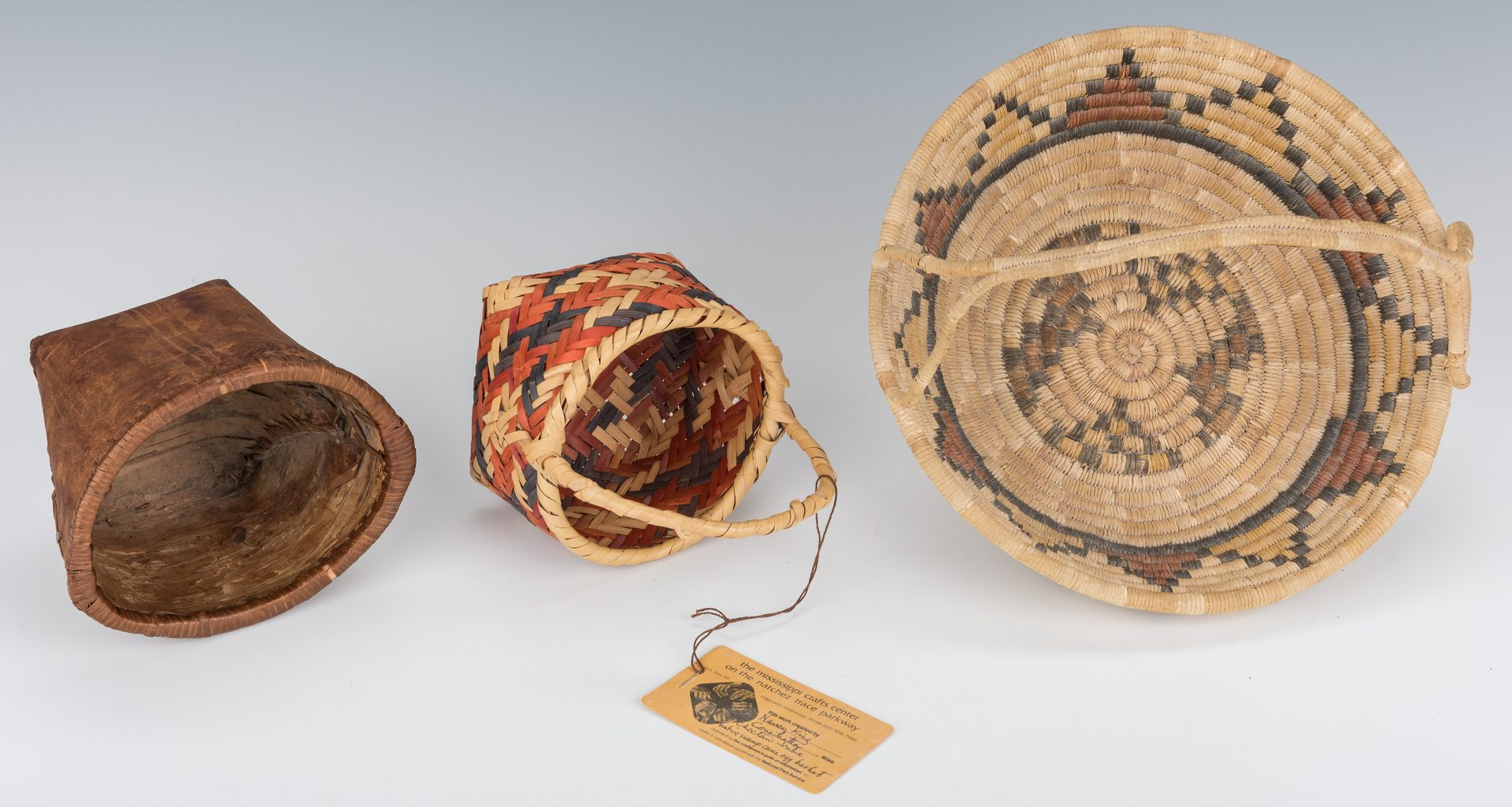 Lot 691: 10 Native American Baskets, inc. 5 miniatures