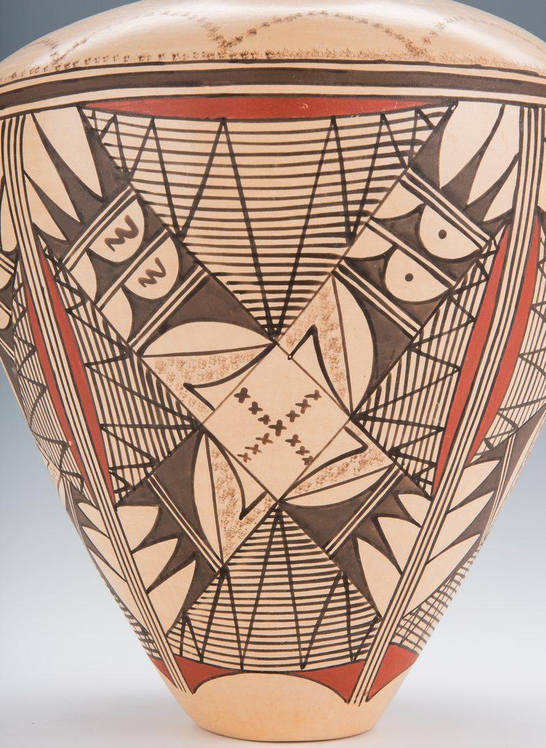 Lot 706: JoFern S. Puffer Native American Pottery Jar