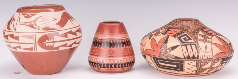 Lot 799: 3 Native American Pottery Jars, 20th c.