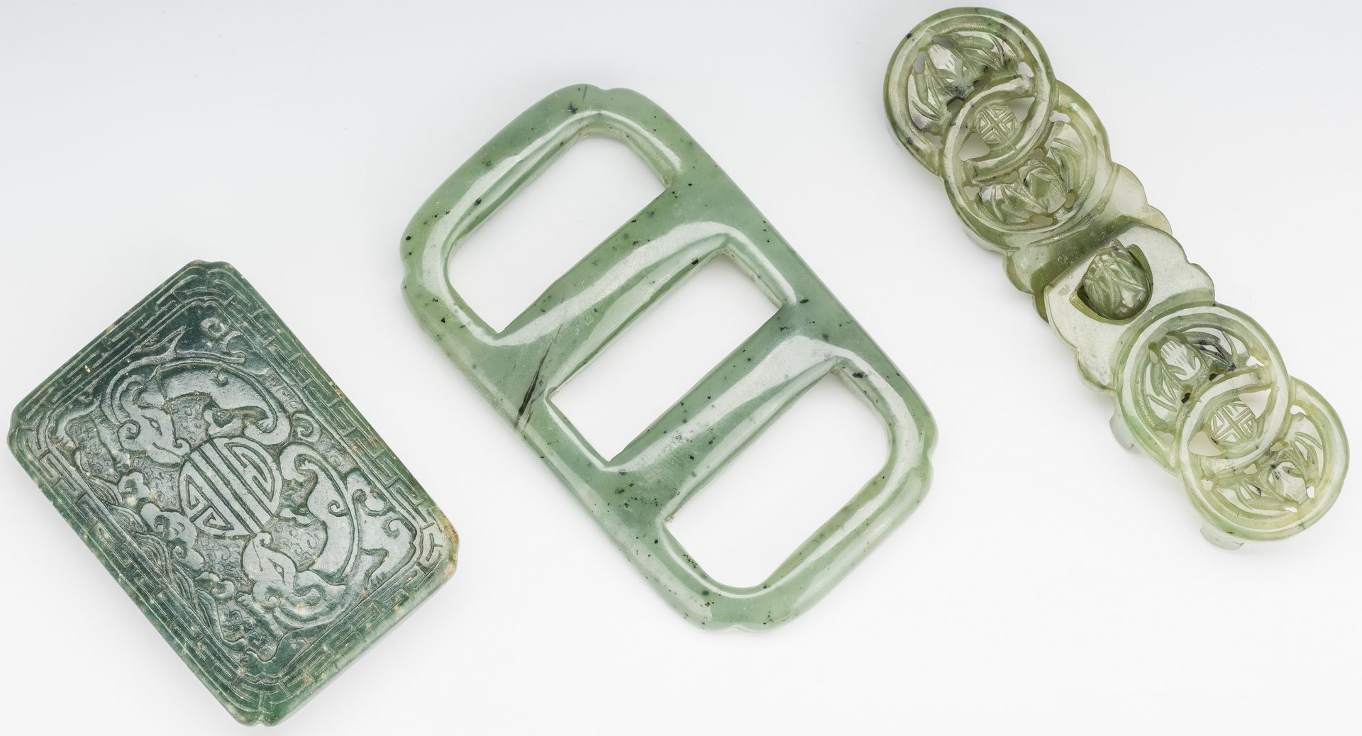 Lot 7: 3 Chinese Spinach Jade Belt Buckles & Chinese Round Lacquered Box