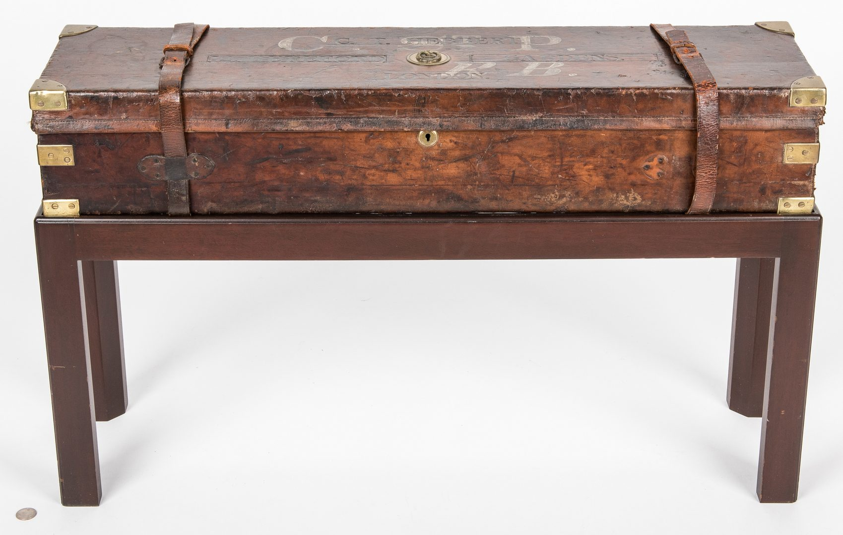 Lot 822: Leather Gun Case on custom stand