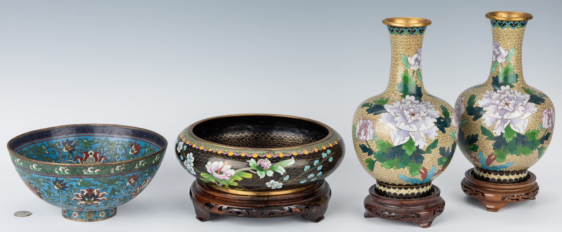 Lot 12: 5 Chinese Decorative Items