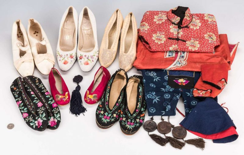 Lot 203: 14 Asian items, inc. Shoes, Clothing, Pendants