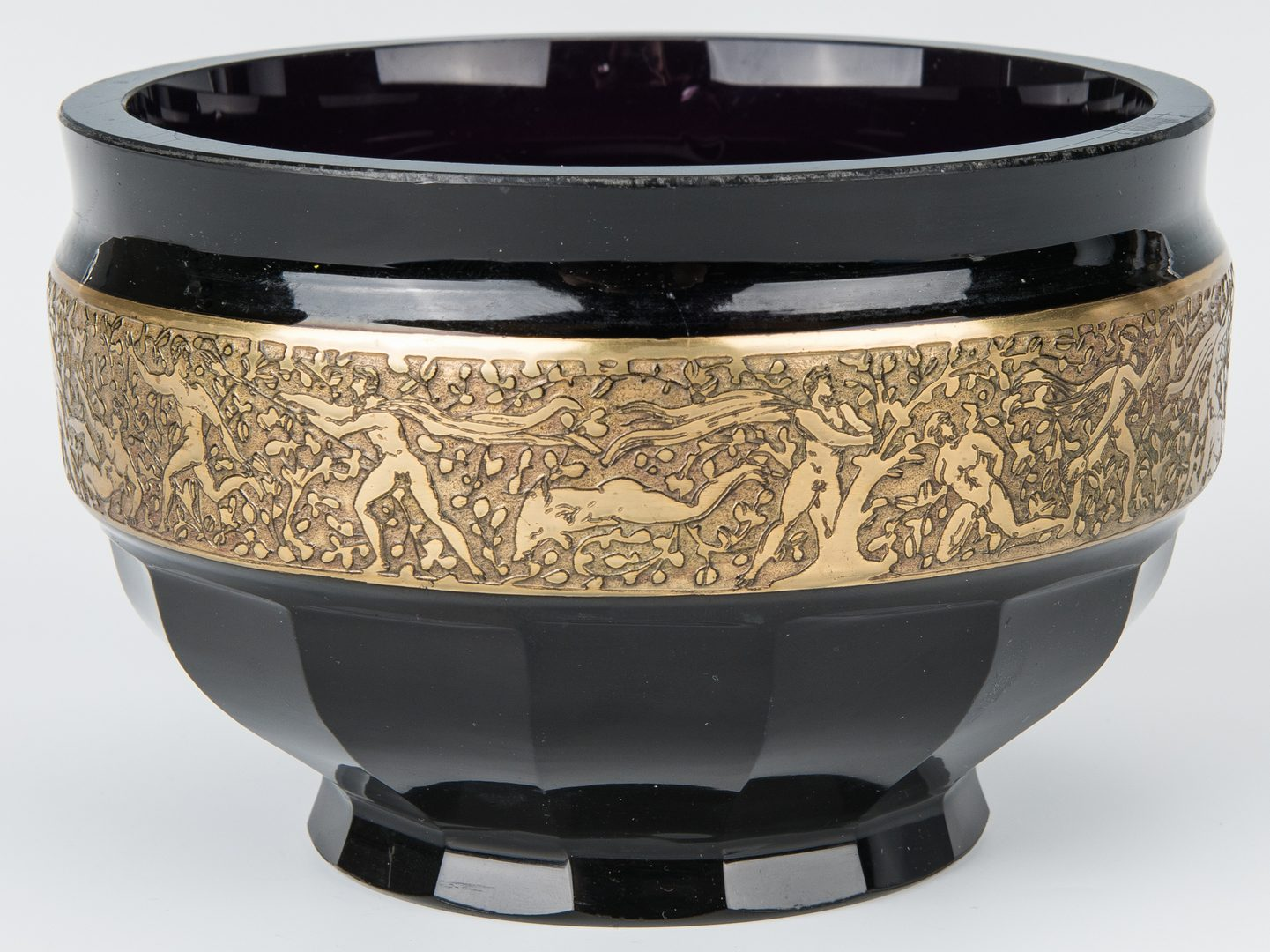 Lot 247: Moser Style Amethyst & Gold Encrusted Bowl