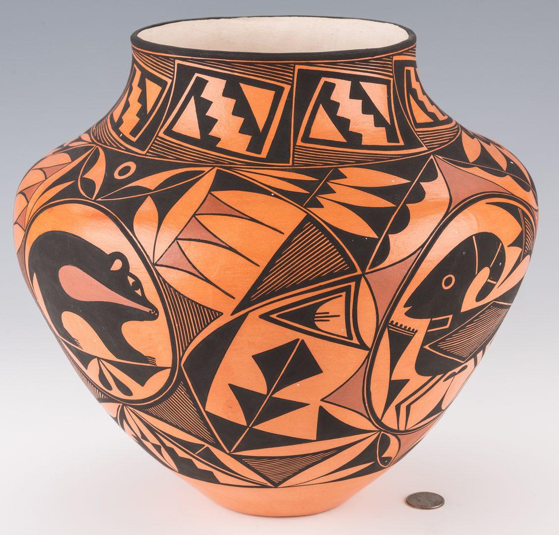 Lot 306: Trujillo SW Pottery Jar