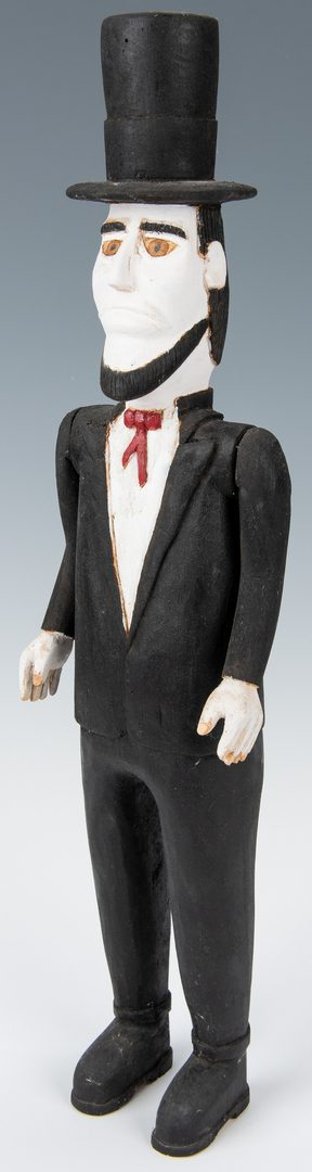 Lot 336: Carved Wimp Gibson Abraham Lincoln Figure