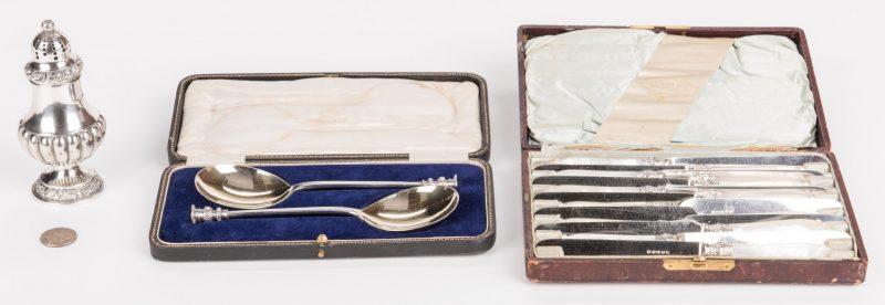 Lot 352: 15 pcs silver, inc. Seal Top Spoons