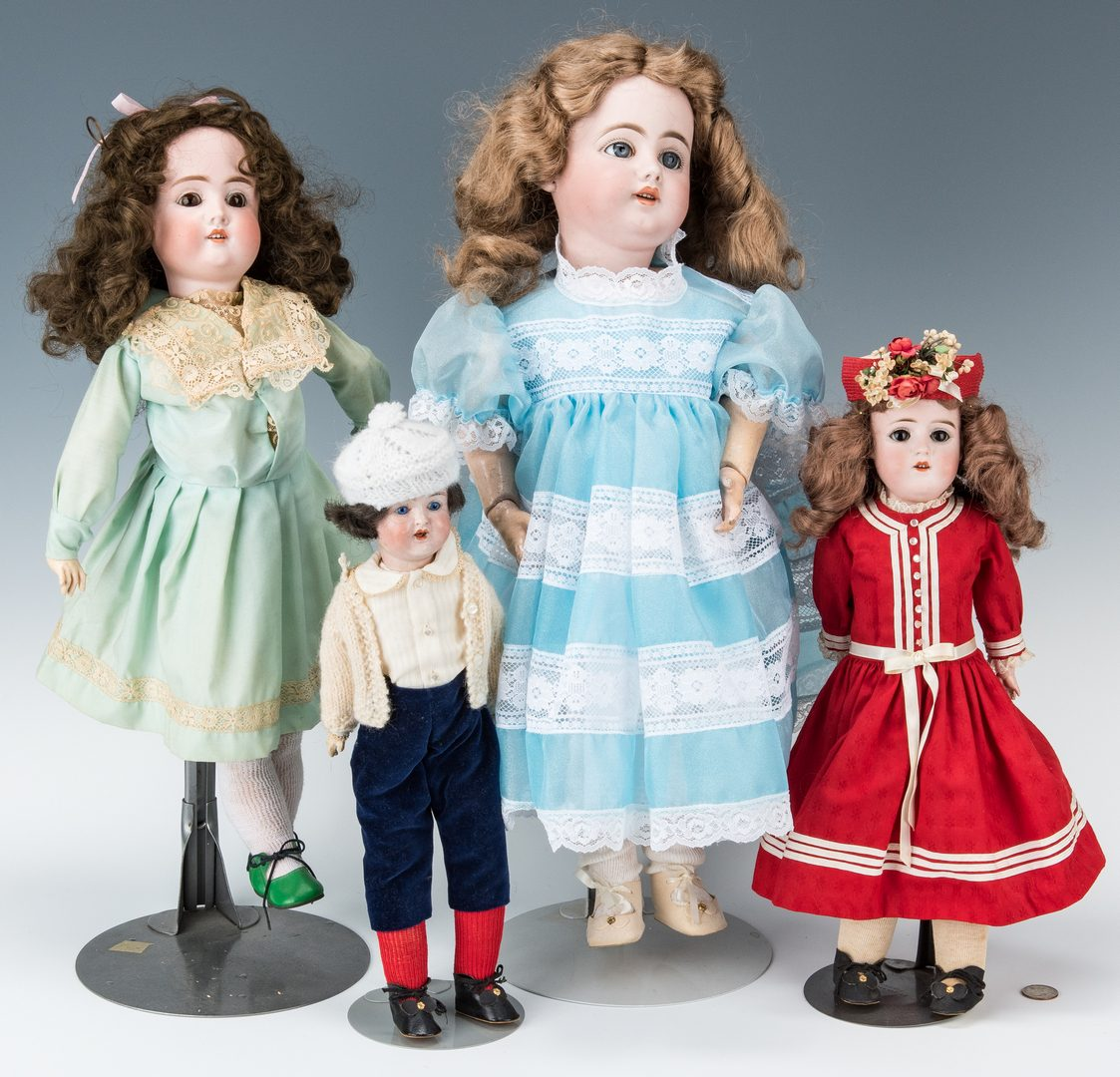 Lot 425: 4 German Girl Dolls, inc. Schoenau & Hoffmeister