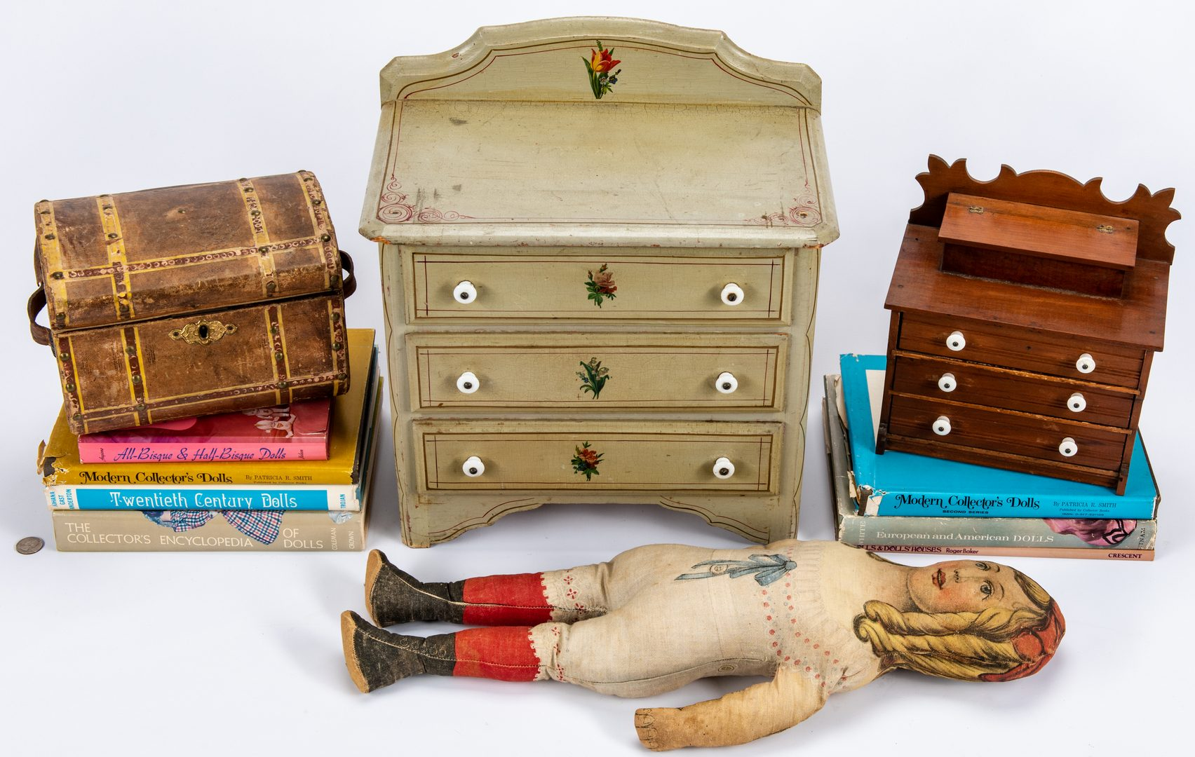 Lot 428: 2 miniature chests, doll trunk, 1 pattern doll, 12 items