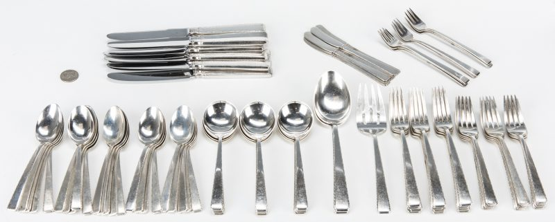 Lot 42: 88 pcs Towle Old Lace Sterling Flatware