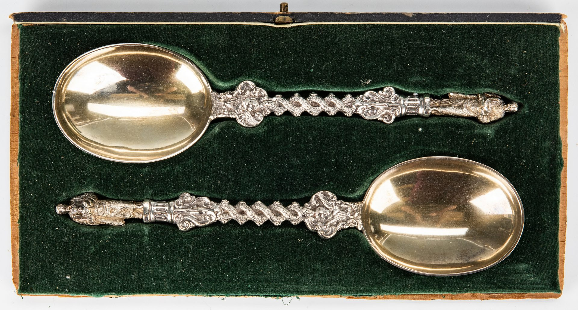 Lot 44: 32 assorted Sterling Flatware & more