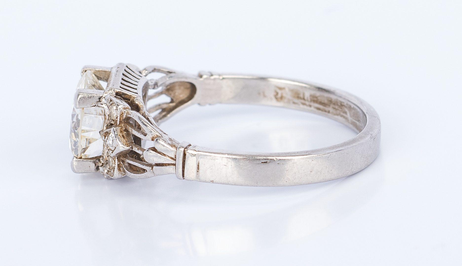 Lot 172: Vintage 1.64 ct Diamond Platinum Ring