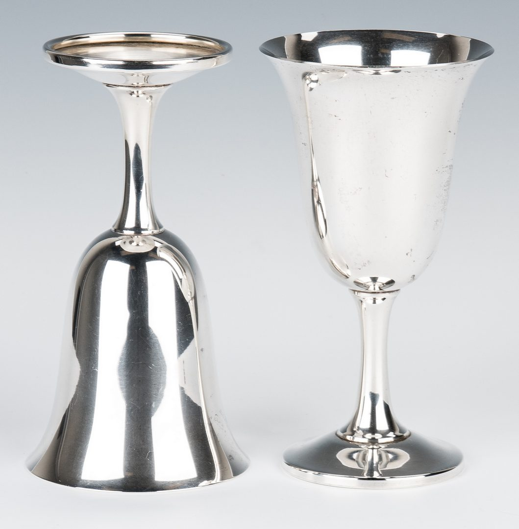 Lot 207: Set of 12 Wallace Sterling Water Goblets