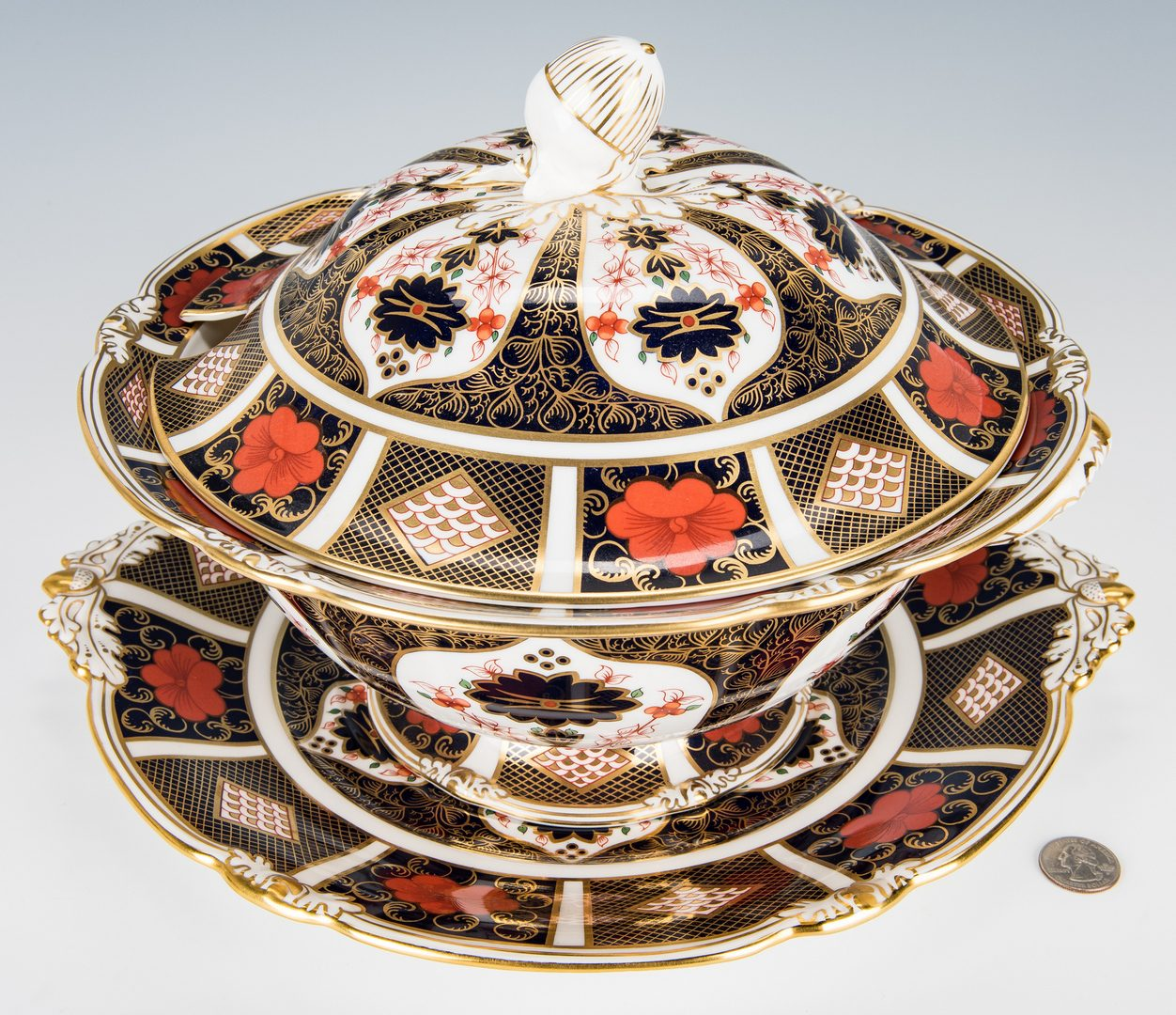 Lot 237: 13 Pcs. Royal Crown Derby Porcelain, incl. Tureen
