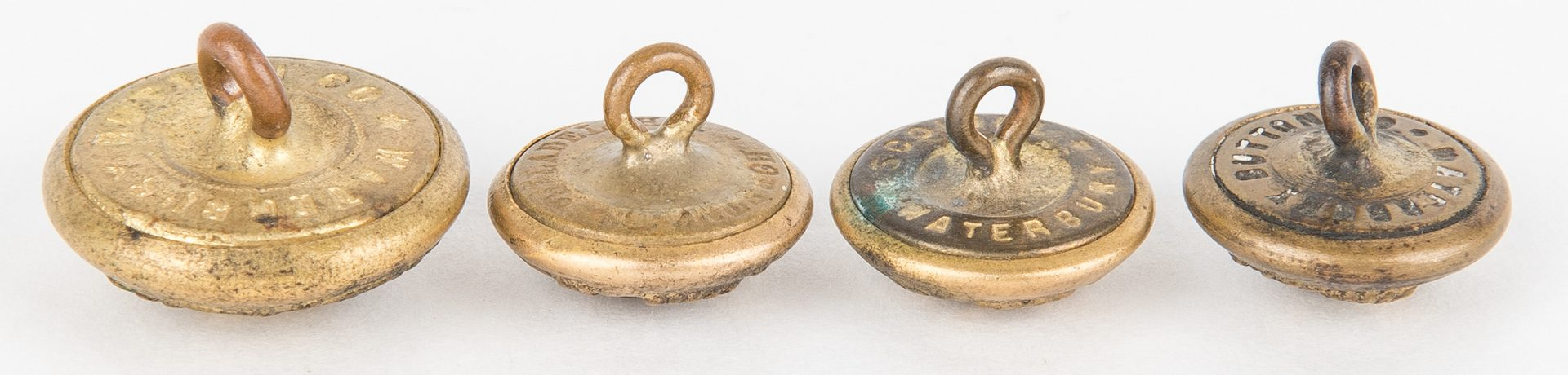 Lot 275: 19 Civil War and Later Items, incl. Belt Plate, Buttons