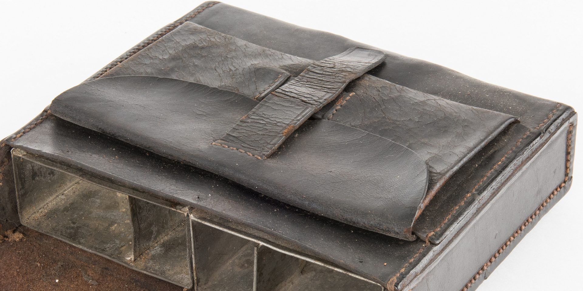 Lot 276: Confederate Leather Cartridge Box with Original Tared Linen Sling