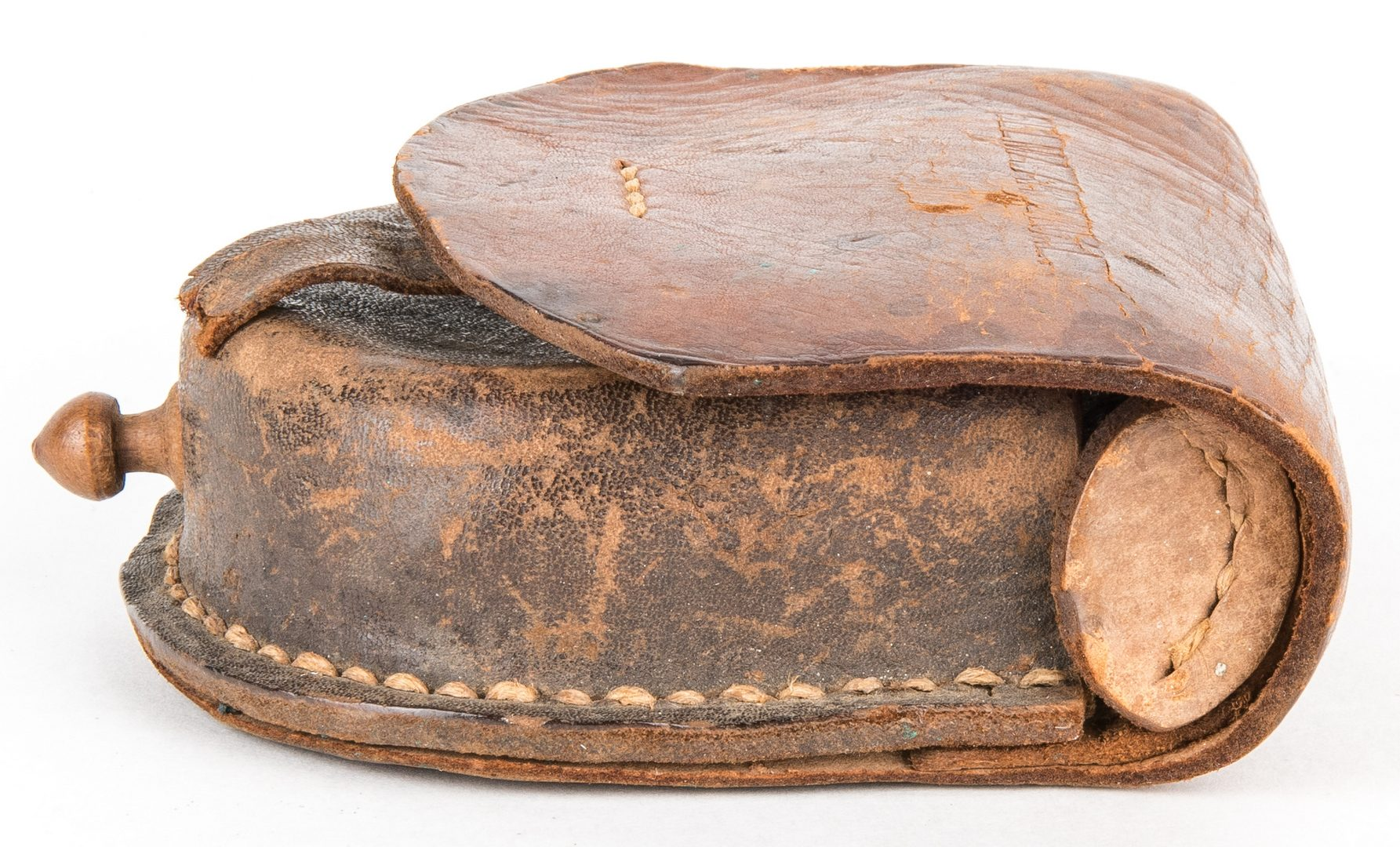 Lot 288: Confederate Selma, AL Arsenal Leather Cap Box