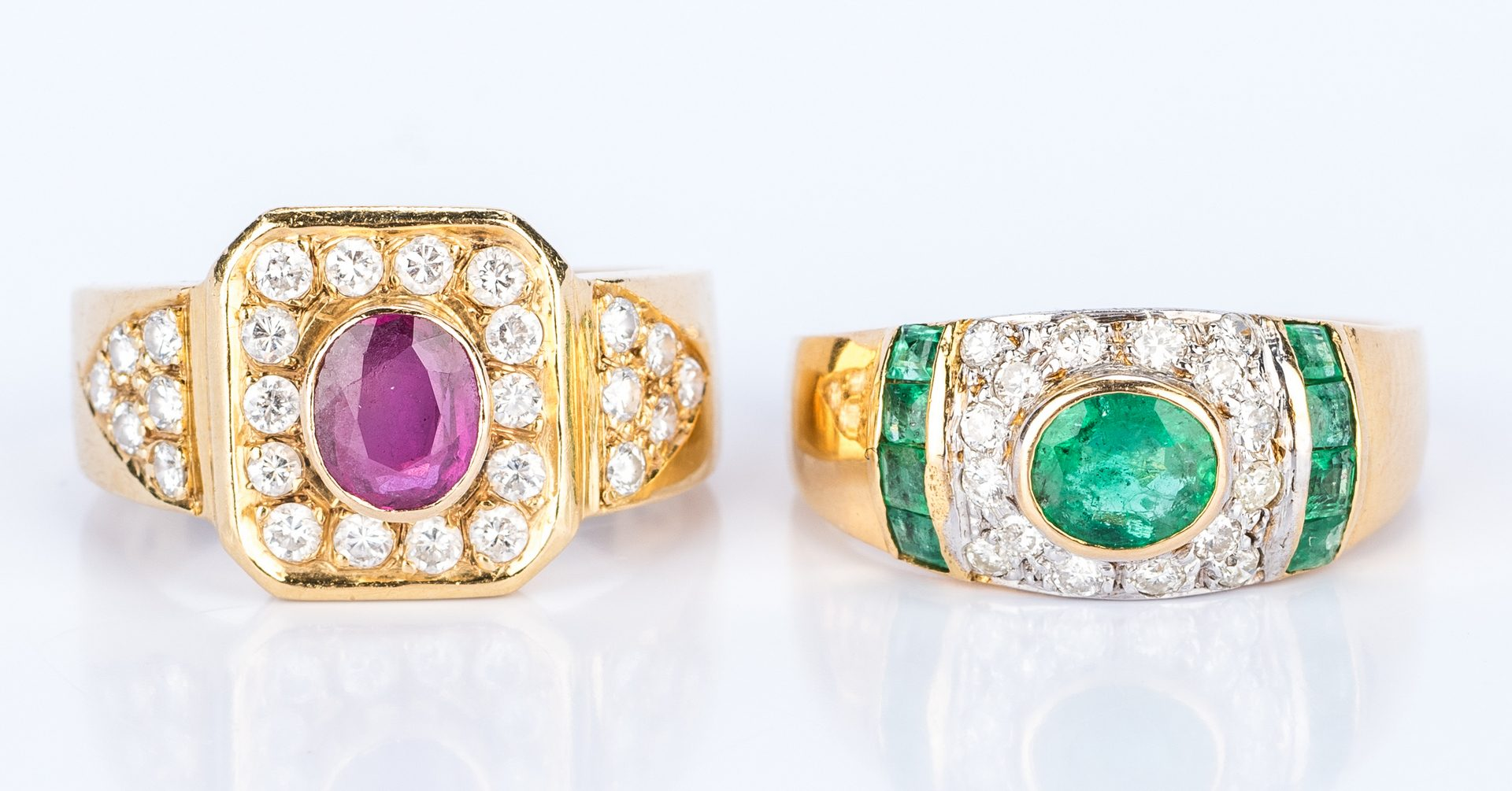 Lot 448: 2 18K Fashion Gemstone Rings