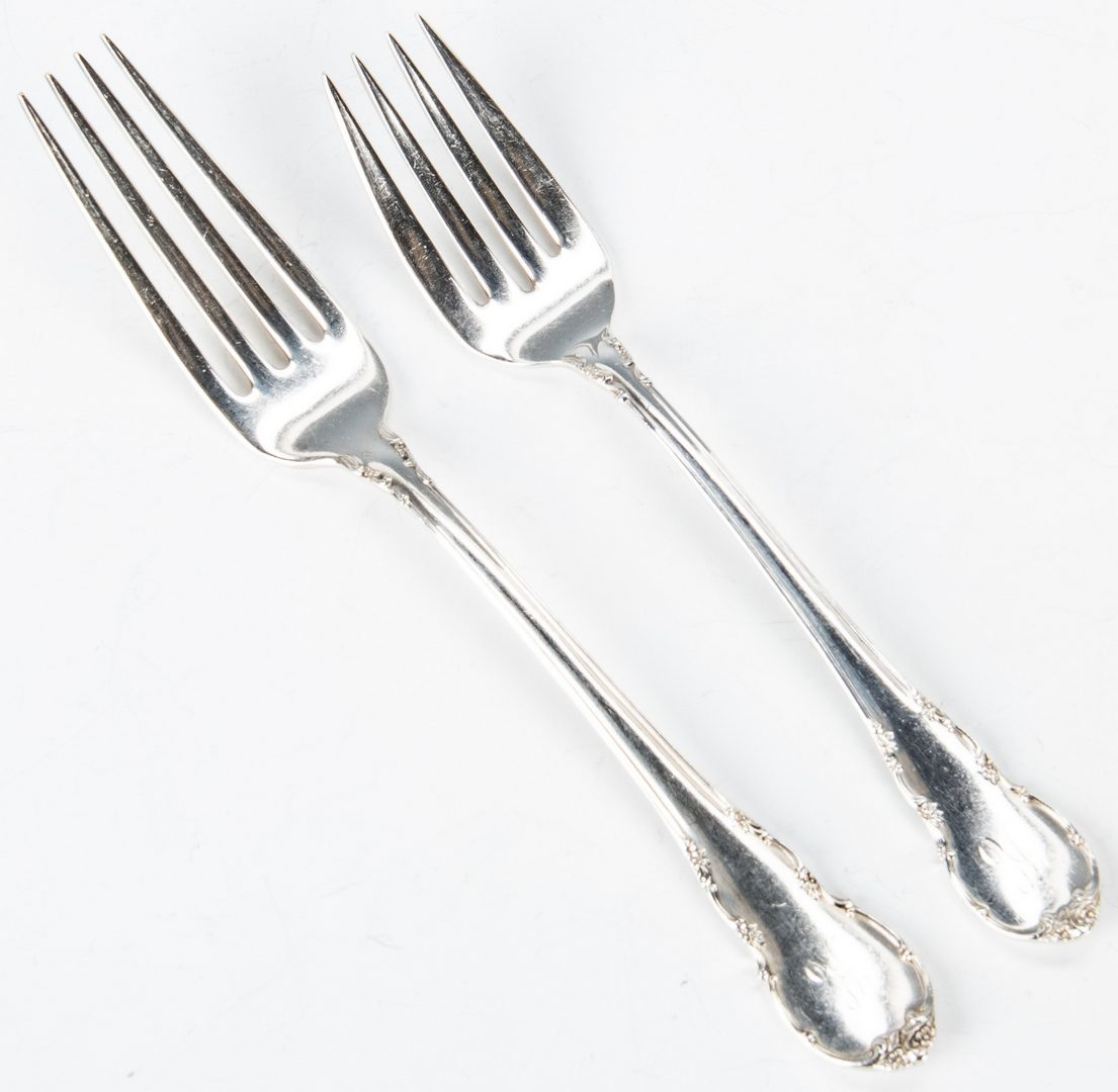 Lot 449: Lunt Sterling Silver Flatware, 76 Pcs.