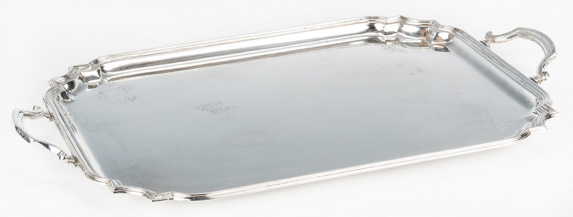 Lot 451: Industria Argentina Rectangular Sterling Silver Tray