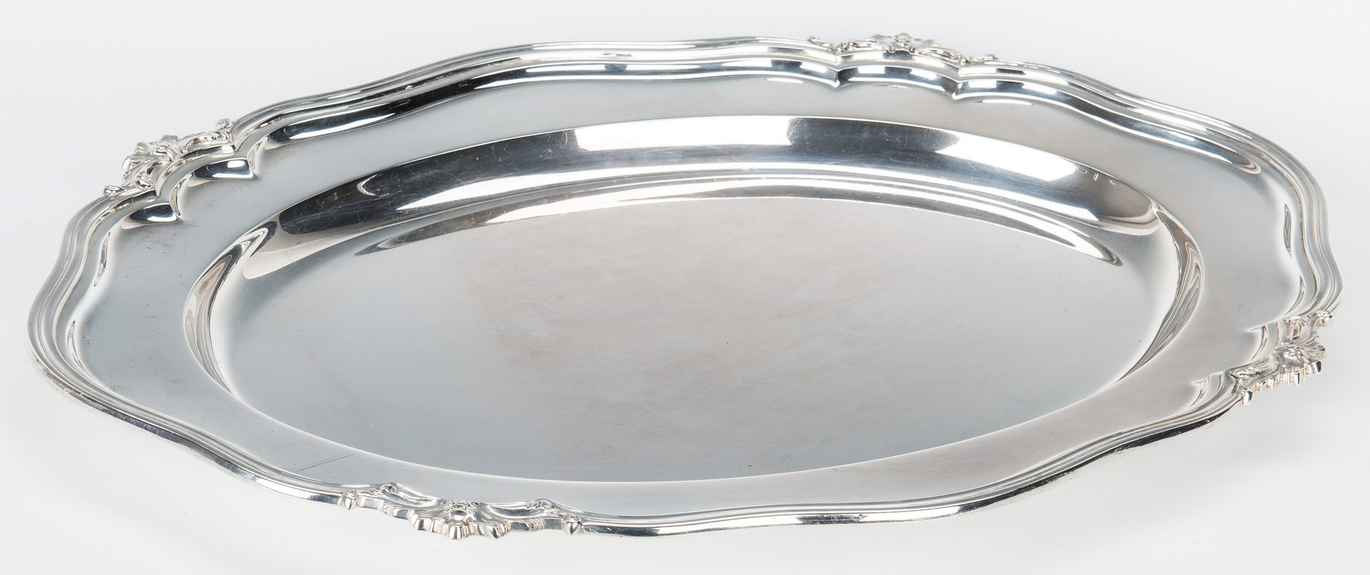 Lot 454: Industria Argentina Oval Sterling Silver Tray