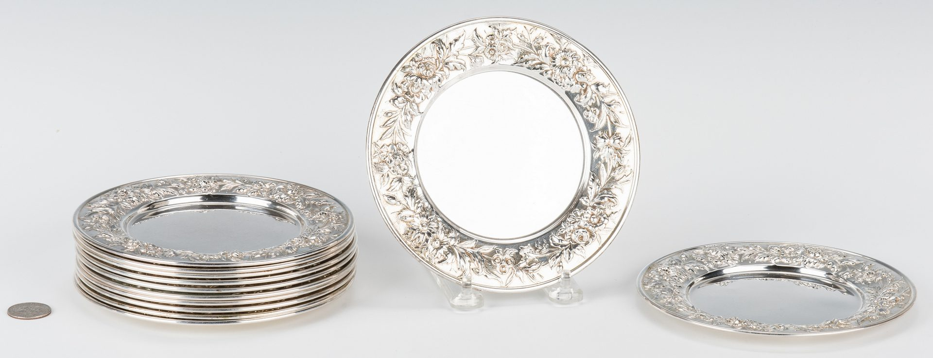 Lot 458: 12 S. Kirk & Son Bread Plates, Repousse Rims
