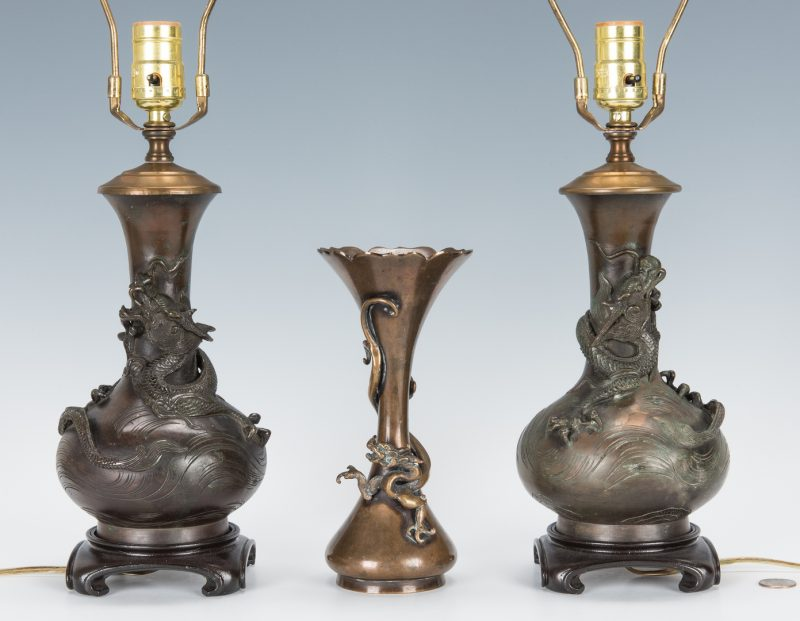 Lot 471: 3 Japanese Bronze Vases