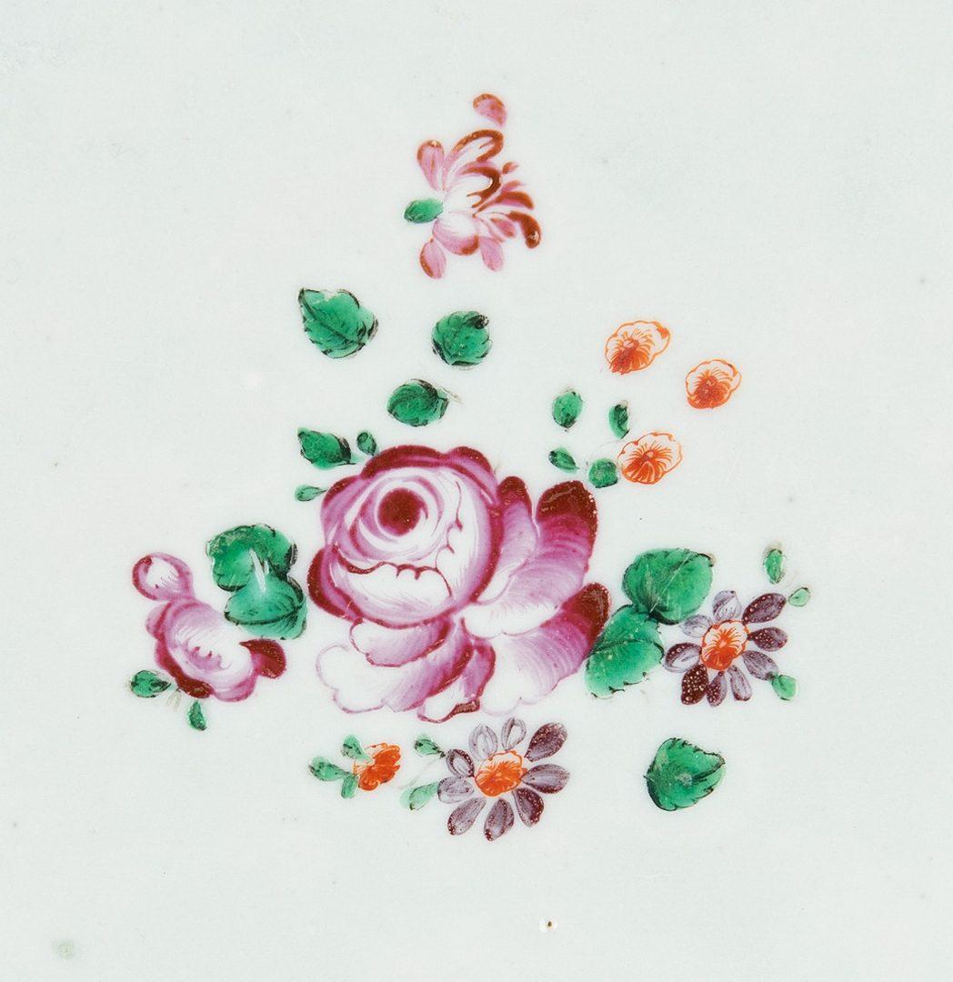 Lot 480: 19 Pcs. Export Porcelain, mostly Fitzhugh