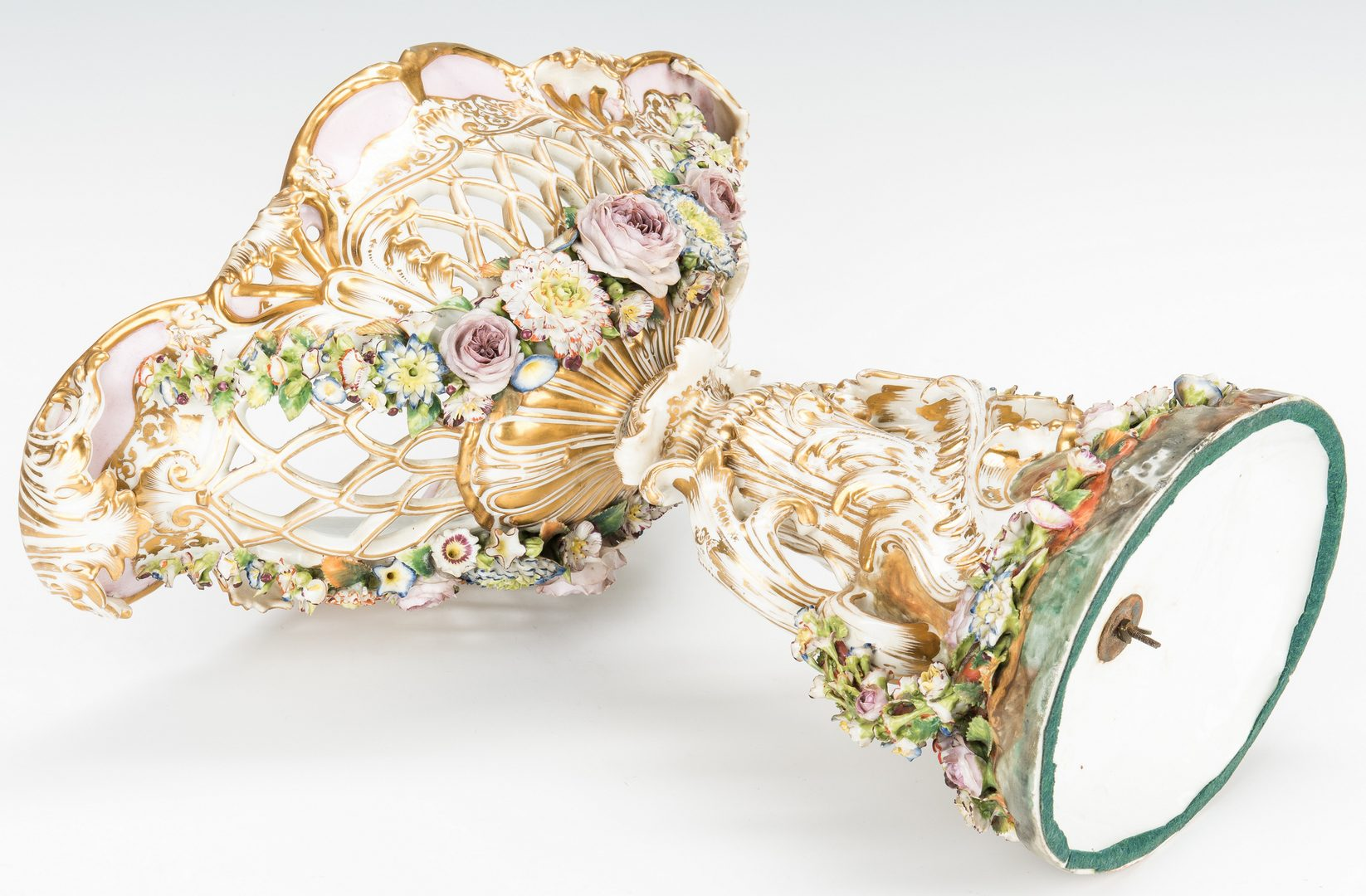 Lot 499: Floral encrusted Centerpiece, Dresden or Old Paris