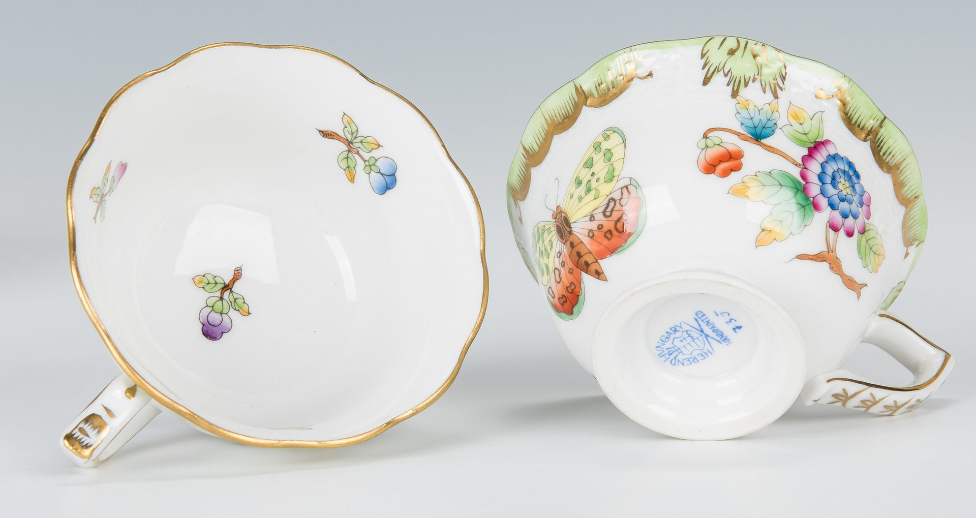 Lot 507: 5 Pcs. Herend Porcelain, mostly Queen Victoria