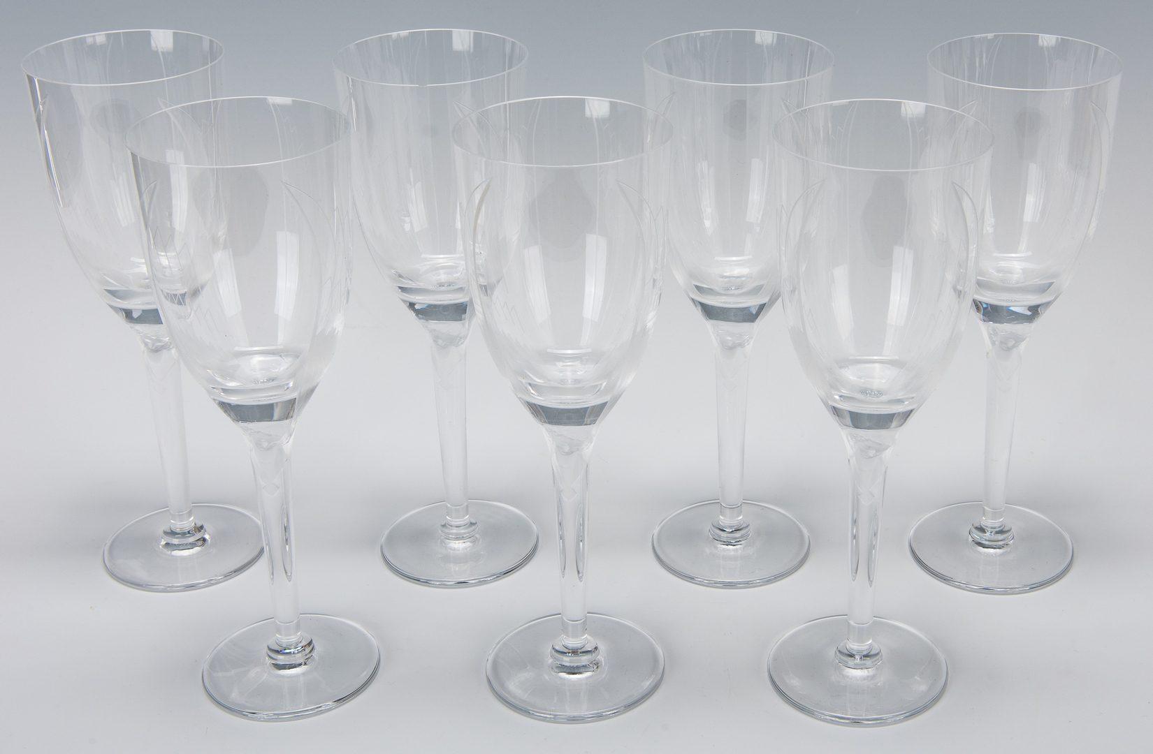 Lot 568: Set of 12 Lalique Champagne Flutes