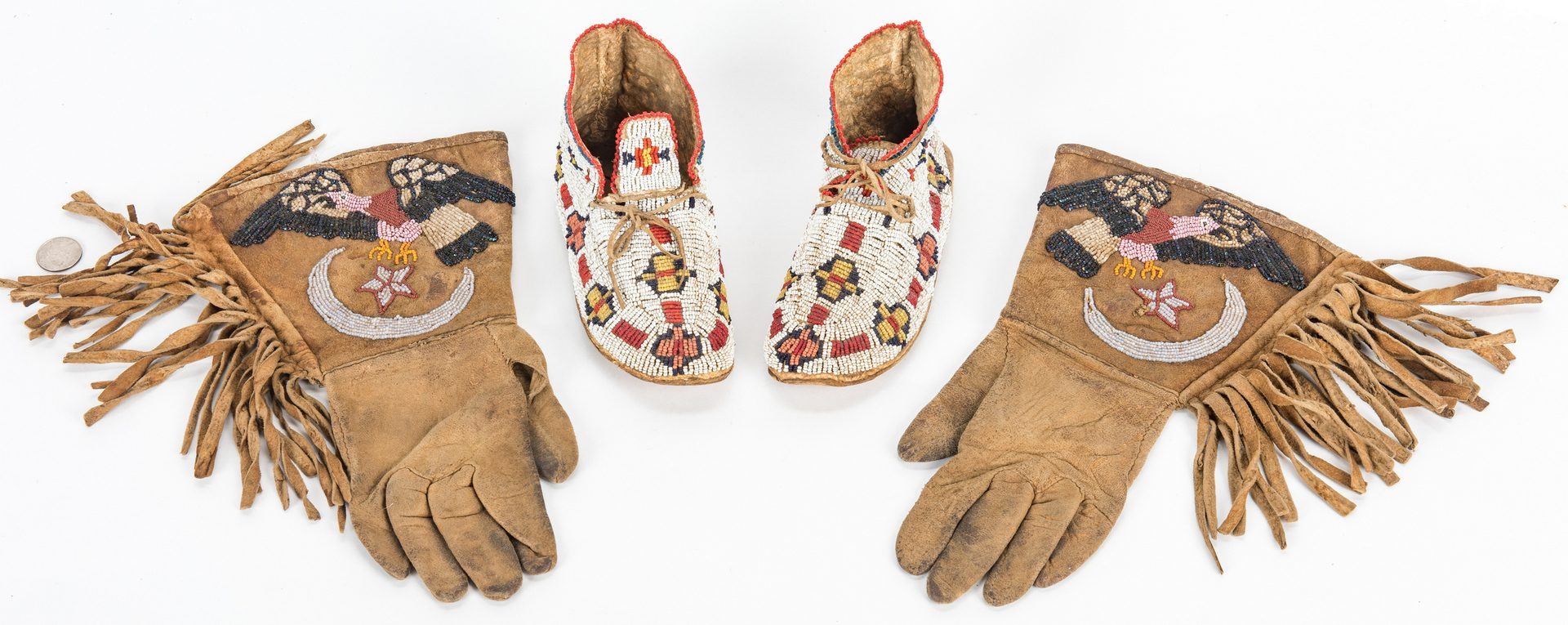 Lot 586: Native American Beaded Moccasins & Gloves, 2 Items