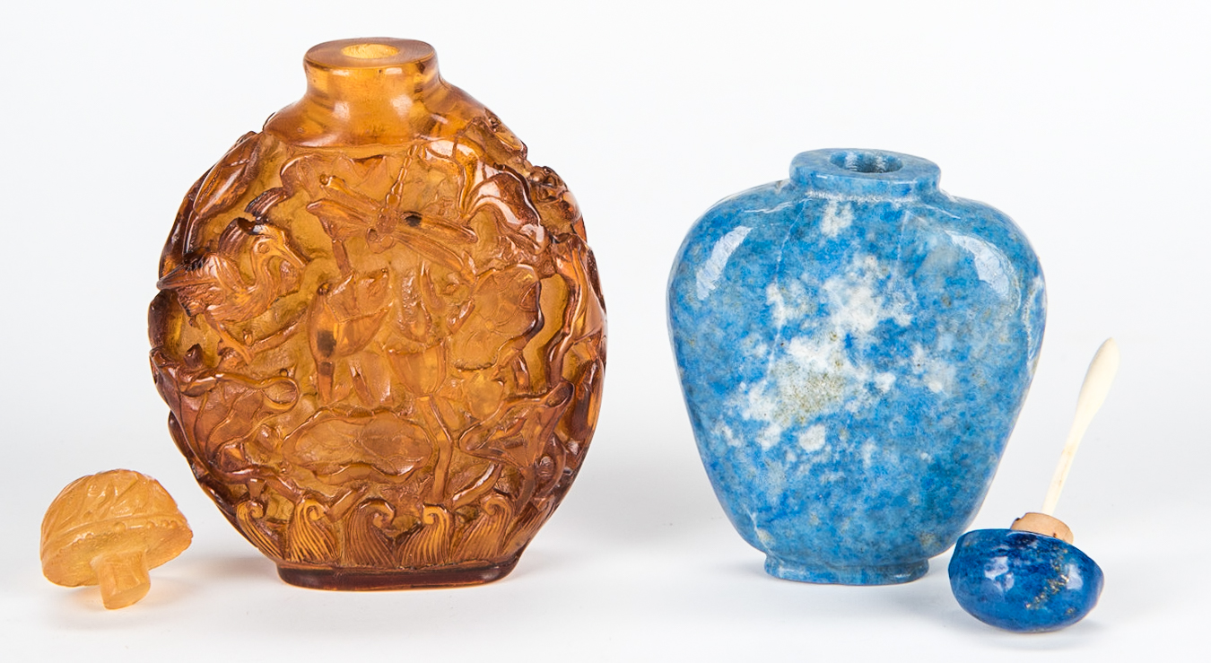 Lot 5: 5 Chinese Snuff Bottles incl. Lapis, Porcelain