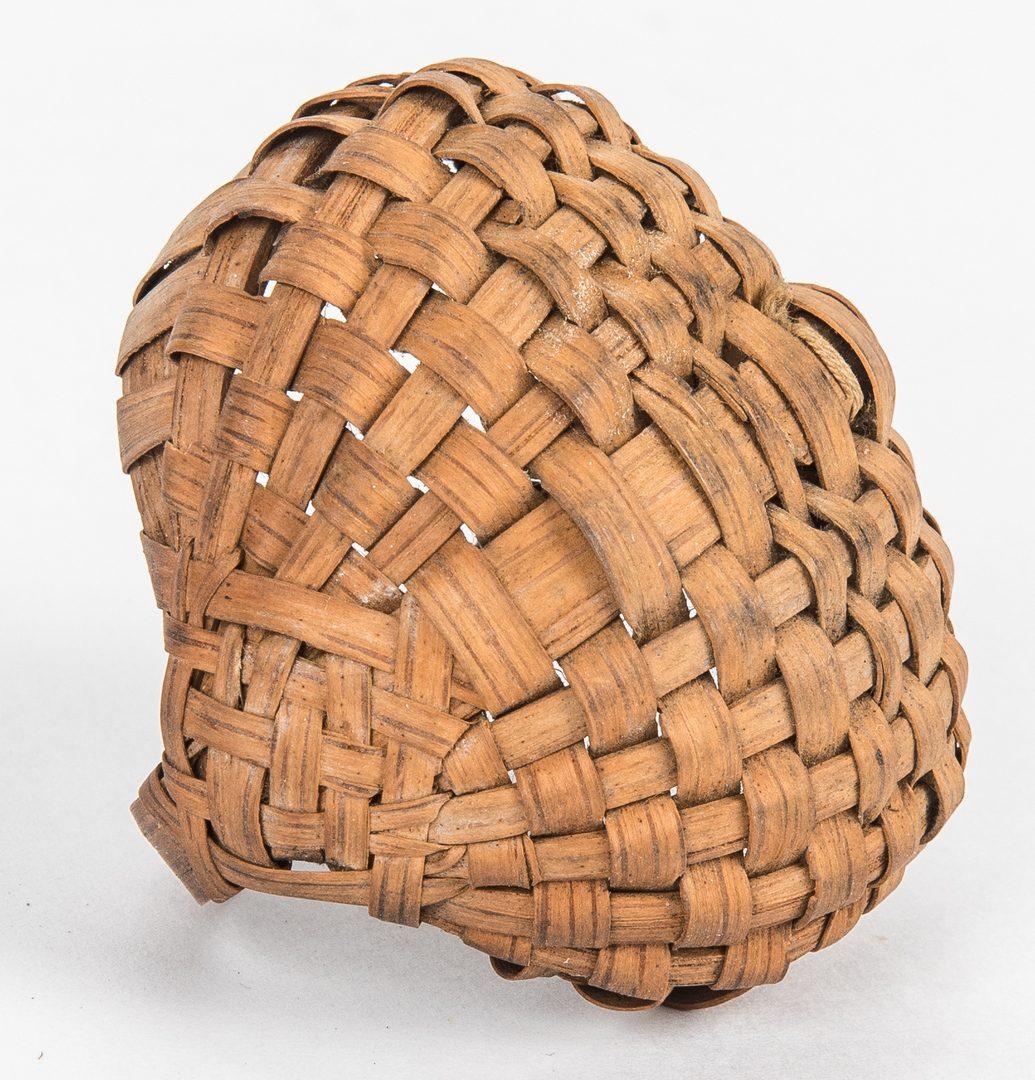 Lot 633: 6 Tennessee Split Oak Baskets, 4 w/ Paint