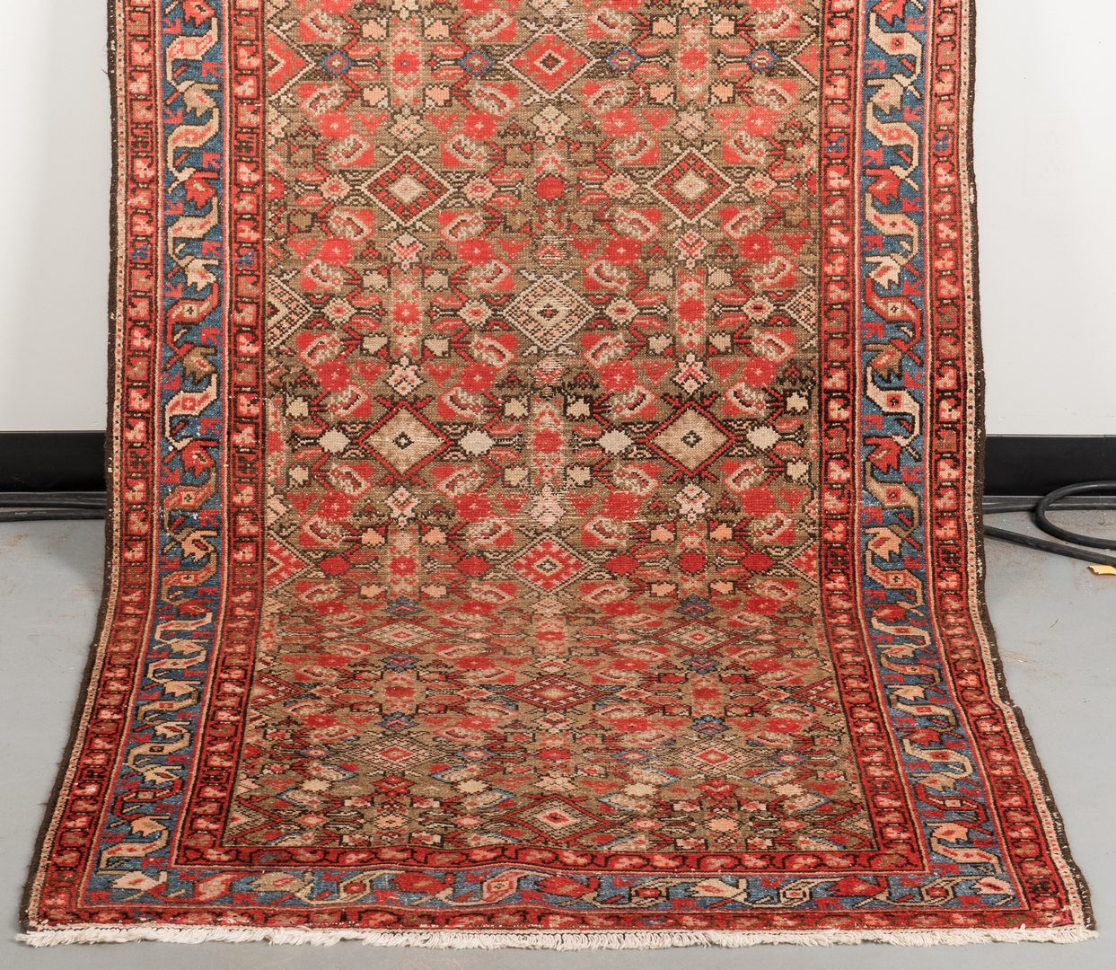 "Lot 652: Antique Malayer Runner, 13'1"" x 3'9"""