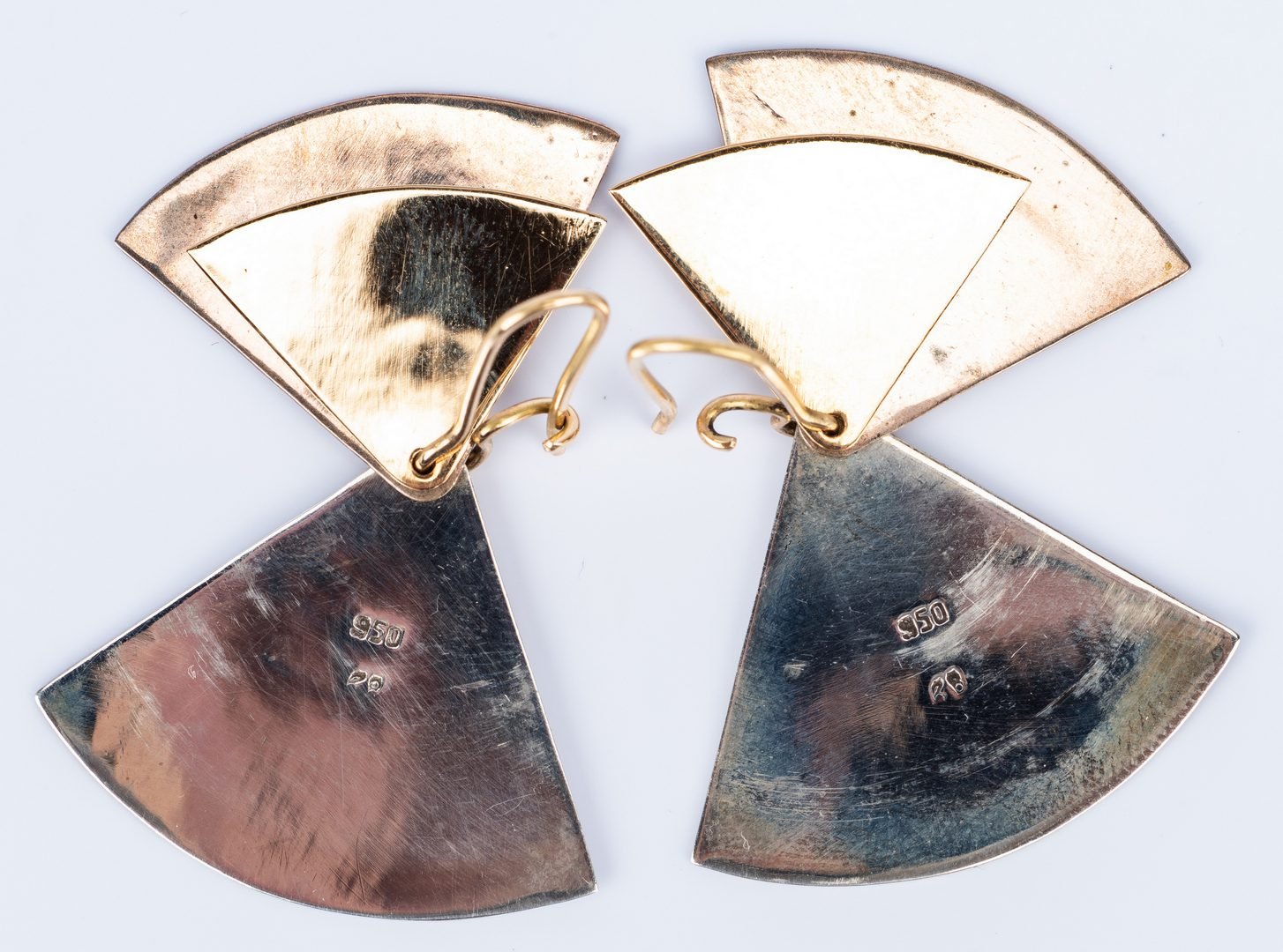 Lot 688: 3 Gold Fashion Jewelry items, two 14K