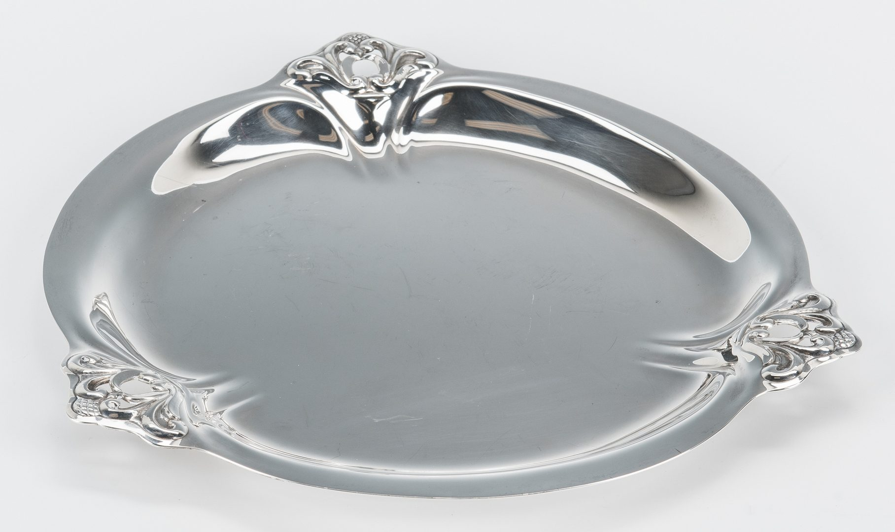"Lot 695: 2 International Sterling ""Royal Danish"" Dishes"