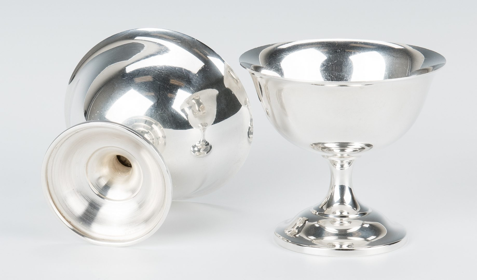 Lot 705: 12 Wallace Sterling Silver Sherbets
