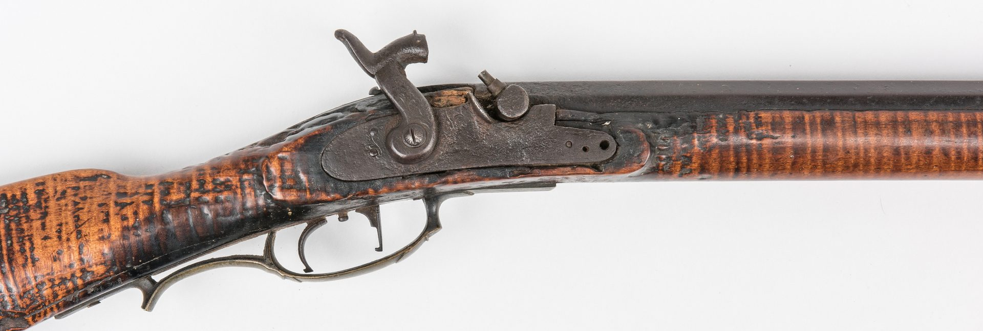 Lot 775: Kentucky Full Stock Muzzle Loading Long Rifle, .44 cal