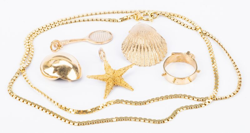 Lot 829: 14K Jewelry incl. Seashells, 6 items