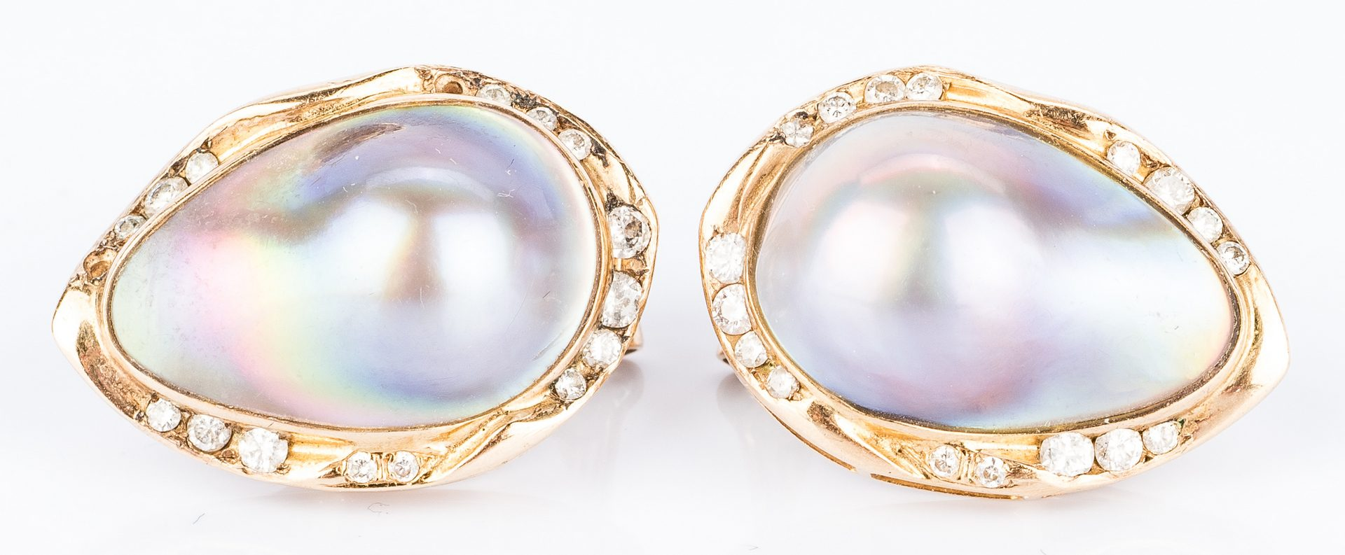 Lot 143: 2 Pair Earrings, incl. Doris Panos 18K